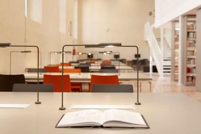 Biblioteca-Studi-Umanistici-Universita-Pavia-SIM2333-ph-Simone-Ronzio.jpg