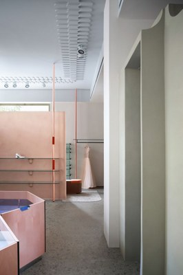 imarika-milan-marcante-testa-interiors-retail-shops-italy_dezeen_2364_col_10.jpg
