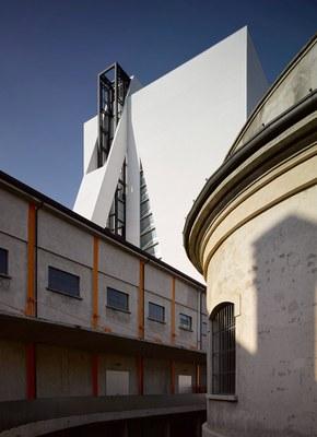 fondazione-prada-torre-opens-milan-OMA-designboom-R2.jpg