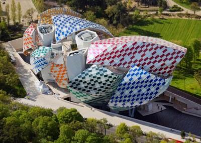 observatory-of-light-fondation-louis-vuitton-multicoloured-installation-daniel-buren-frank-gehry-paris-france-glass_dezeen_1568_14.jpg