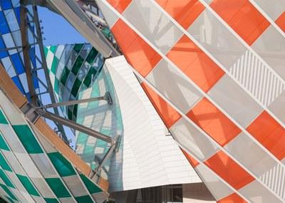 observatory-of-light-fondation-louis-vuitton-multicoloured-installation-daniel-buren-frank-gehry-paris-france-glass_dezeen_1568_11.jpg