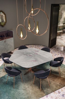 Clan Milano_Molecole table Molly chairs 02.jpg