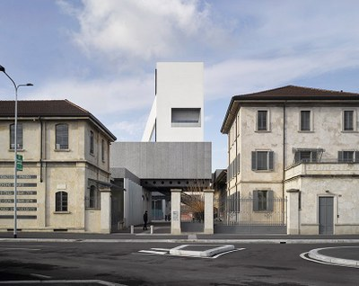 fondazione-prada-torre-opens-milan-OMA-designboom-R1.jpg
