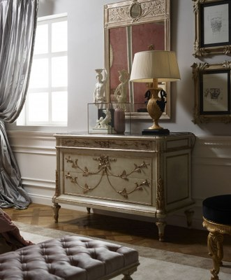 RG_Soleil_queen_bedroom_Heritage_set_como.jpg