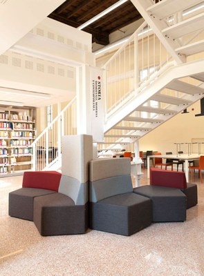 Biblioteca-Studi-Umanistici-Universita-Pavia-SIM2328-ph-Simone-Ronzio.jpg