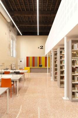 Biblioteca-Studi-Umanistici-Universita-Pavia-SIM2303-ph-Simone-Ronzio.jpg