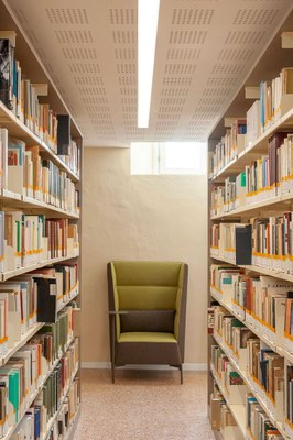 Biblioteca-Studi-Umanistici-Universita-Pavia-SIM2304-ph-Simone-Ronzio.jpg