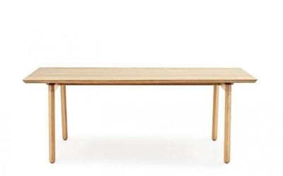 tavolo-in-legno-normann-copenhagen.jpg