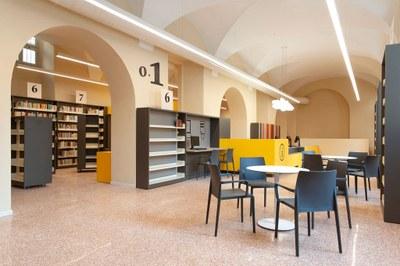 Biblioteca-Studi-Umanistici-Universita-Pavia-SIM2244-ph-Simone-Ronzio.jpg