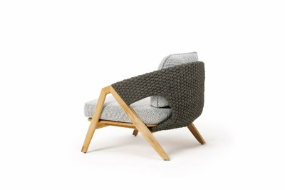 KNIT_LoungeArmchair_withCushion_side2.jpg