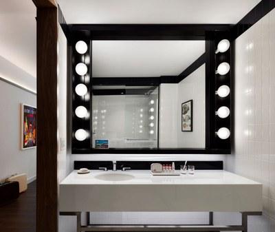 twa-hotel-eero-saarinen-interiors-jfk-airport-new-york-city-usa-david-mitchell_dezeen_2364_col_4.jpg