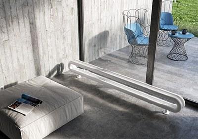 termosifone-tubolare-design-orizzontale-Antrax-IT.jpg