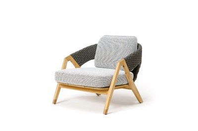 KNIT_LoungeArmchair_withCushion_side.jpg
