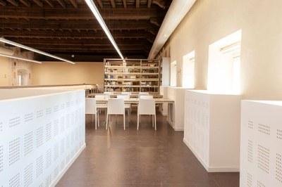 Biblioteca-Studi-Umanistici-Universita-Pavia-SIM2296-ph-Simone-Ronzio.jpg