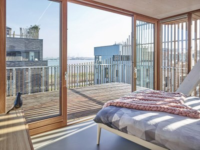gg-loop-freebooter-apartment-complex-amsterdam-designboom-5.jpg