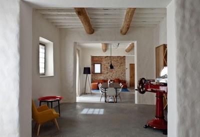 restyling-casale-toscana-sala-da-pranzo_oggetto_editoriale_h495-3.jpg
