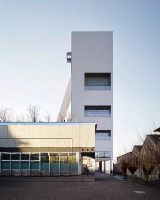 fondazione-prada-torre-opens-milan-OMA-designboom-R3.jpg